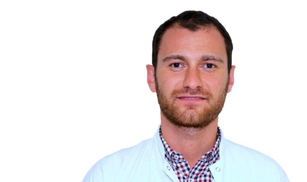 Dr Lionel Mendel