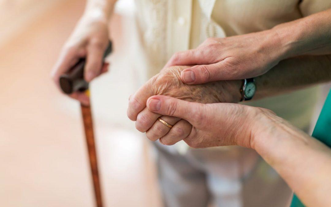 Les stents urétraux pour remplacer les sondages à demeure chez les patients âgés